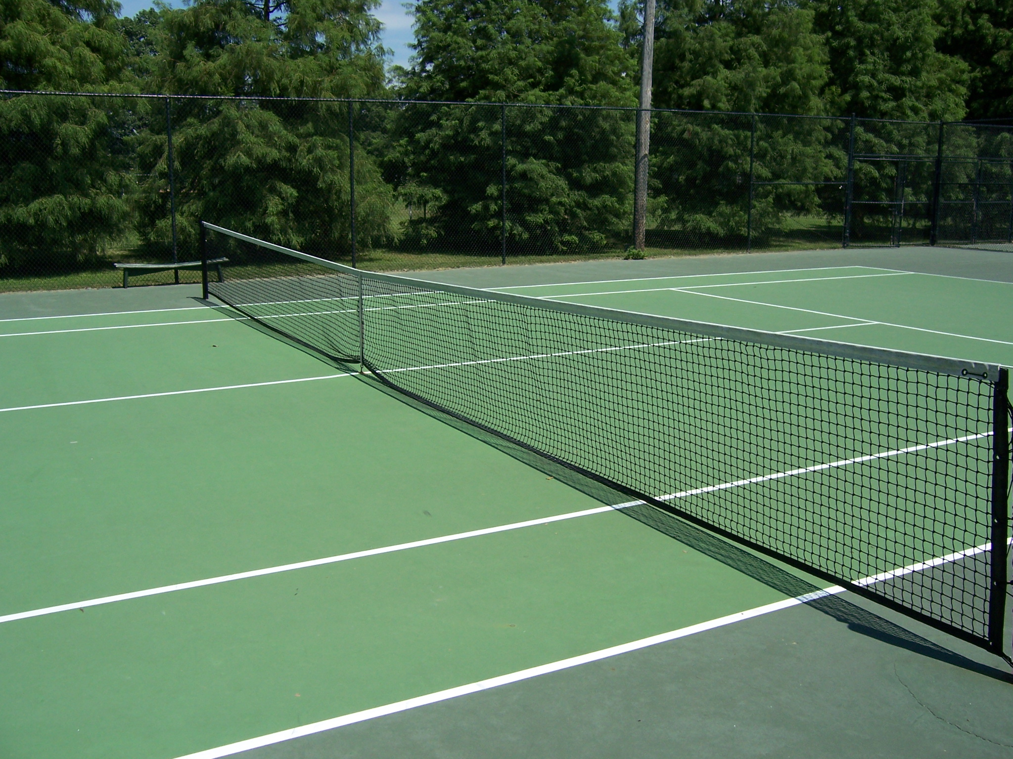 Photo of a tennis court
